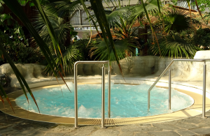 Tropical Islands - Whirlpool im Wellnessbereich